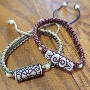 Other - Mens/Womens paracord bracelet set